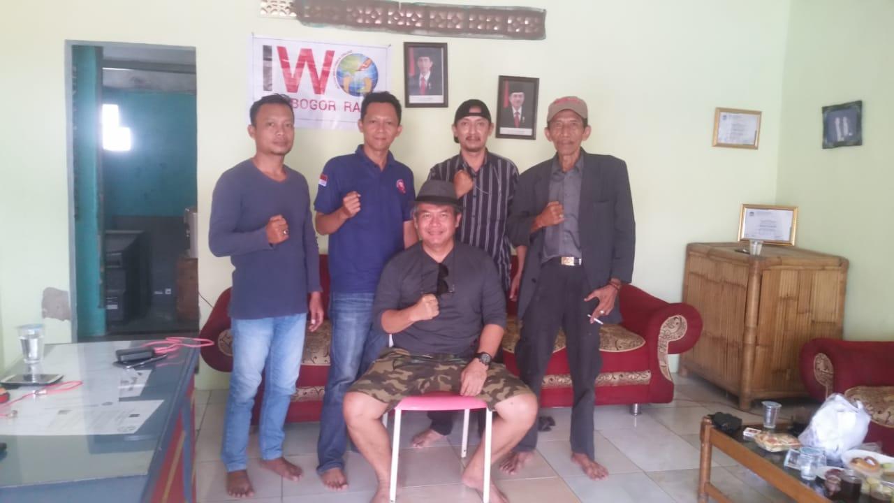 Kunjungan ketua umum IWO pusat, Jodhi Yudono ke sekretariat IWO Bogor Raya, Kamis (12/9/19).