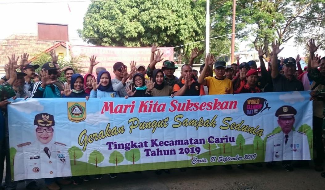 Dalam rangka hari Sampah Sedunia, Kecamatan Cariu gelar World Clean Up di wilayah kecamatan Cariu Kabupaten Bogor, Sabtu (21/9/19).