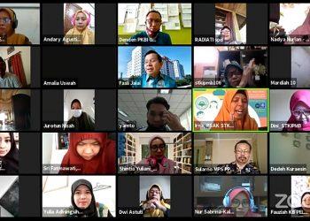 Webinar Nasional PSAK STKIP Muhammadiyah Bogor dengan Zoom Meeting dan Youtube serta Live streaming diikuti oleh sekitar 300 peserta